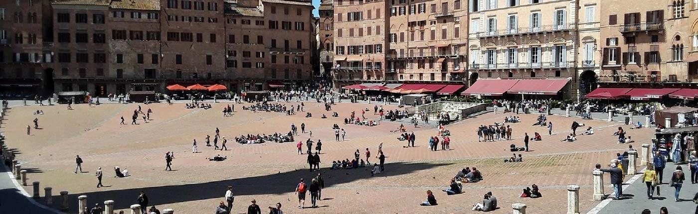 Siena Piazza del Campo Fonte Gaia Shadow Torre del Mangia